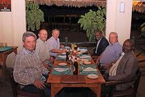 Abendessen mit dem Rektor der Universität Voi, Foto Dr. Jürgen Brunner