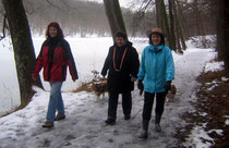 Heike, Inge, Andrea am Katzenbach See.