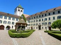 Innenhof Kloster Neustift