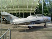 MiG 15 UTI-06-4