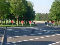 """"""" Alles klar oder was;-))"""" Autobahnparkplatz irgendwo in Frankreich"""