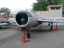 MiG19 0813-2