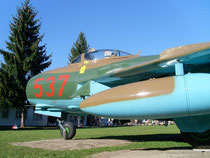 MiG 17F 537-3