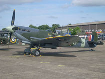 Spitfire LF IXC MH434 -5