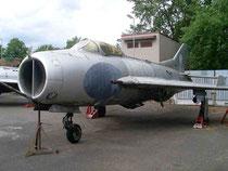 MiG19 0414-1