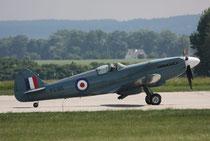Spitfire PS915-2