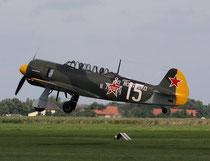 JAK11 D-FYAK-4