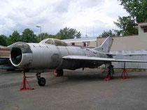 MiG19 0813-1