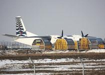 räumt mal endlich einer die Container weg... Flughafen Leipzig