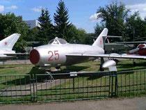 MiG 17 25-2