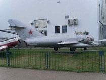 MiG 17 25-4