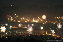 Silvesterfeuerwerk über dem Inntal (Kufstein und Ebbs)