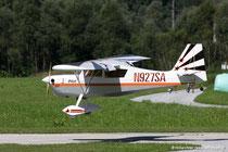 schönes Modell bei der Landung