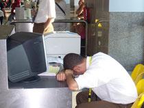 Flughafenangestellter in Hurghada (Wer hat Ferien nötig?)