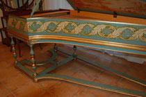 peintures interieures et exterieures de l'instrument ,patine à l'ancienne.création 2012 saunier