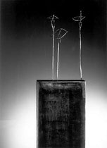 Triciclo, 1994, 119x60x25 cm, steel