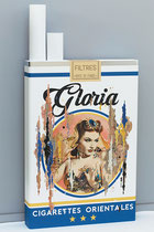 MISS GLORIA Collage papier & technique mixte sur support bois  130 cm x 70 cm x 12 cm  2019