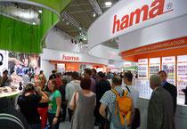 IFA 2012 | HAMA | Dass HAMA mehr kann und mehr will, zeigte sich auf dem großflächigen Messestand.