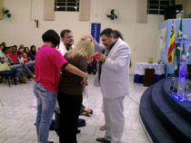 imparticion sobre pastor Toninio y su esposa en Brasil