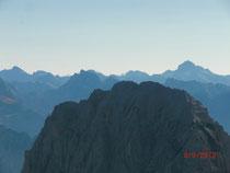 Die Giganten hinter dem Wischberg; Mangart, Skralatica, Jalovec und Triglav