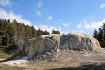 Mammoth Hot Springs / Yellowstone National Park, Wyoming