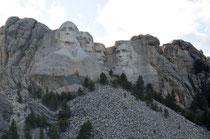 Mount Rushmore National Memorial / Black Hills, South Dakota