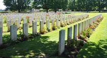 Bayeux, cimetiére soldats anglais