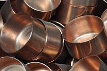Villedieu-es-Poëles, Produktion und Reparaturen  von Kupferpfannen