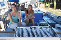 Steveston am Fraser River - täglicher Fischverkauf ab Fischerboot