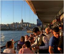 Lokale auf der Galata-Brücke