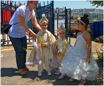 Sünet-Fest - zum Beschneidungsfest werden die kleinen Jungen als Prinzen verkleidet.