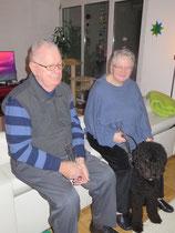 """Jetzt haben wir schon ein paar Mal am Abend """"Weihnachten"""" gefeiert. Mo's Mum und Mo's Pap waren auch an einer Feier dabei."""