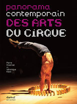 Editions Textuel - Panorama contemporain des arts du cirque