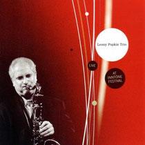 Lenny Popkin (saxophone), Gilles Naturel (contrebasse), Philippe Soirat - 2011