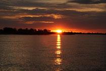 Sonnenuntergang am Okowango