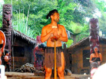 Mi Tai, Village Maori