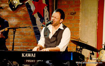 Konzert von David Blum in der Local Bar in Wien