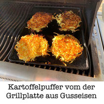Kartoffelpuffer vom der Grillplatte aus Gusseisen