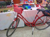 feewerk, Lenkertasche, Fahrradtasche, Hollandrad, Fahrrad, rote Punkte