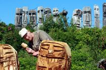 Holzbildhauer aus dem Darss Foto:Preller
