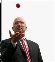 Klaus Kauer  -  gestaltet Exzellenz-Entwicklung in Führung und Verkauf