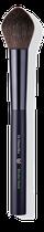 Durch seine Tulpenform ist der Pinsel ideal zum Modellieren und Konturieren geeignet.