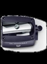 Spitzen Sie mit dem Dr.Hauschka Spitzer die Kajal Eyeliner, Kajal Eyeliner Duo und Lipliner vor jedem Einsatz an. Dann gelingen Lidstrich und Lippenkontur besonders fein.