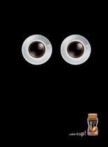 Nescafè macht müde Tassen wieder munter. Wake up!