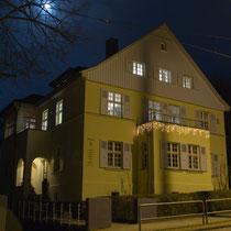 Tagungsräume Kassel - Villa Becher bei Nacht - Außenansicht Hugo-Preuß-Straße 27