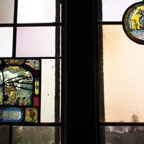 Zwei Glasbilder aus den Jahren 1652 und 1654 gestiftet von den Dorfvögten