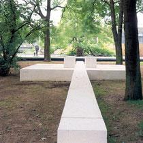 Bild-Quelle: Lehmbruck-Museum Kurzführer 1990, Kunstwerk mit Bäumen und Gehölzen, Aufnahme-Datum: n.B.