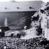 Quelle: Duisburger Forschungen Bd. 38, Abbruch der Stadtmauer an der Marienkirche 1967