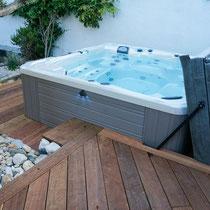 terrasse ipe autour d'un spa Geneva, département 82