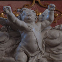 Restaurierung Stiftskirche Altenburg 2003 Glanzstuckfiguren an Orgelempore